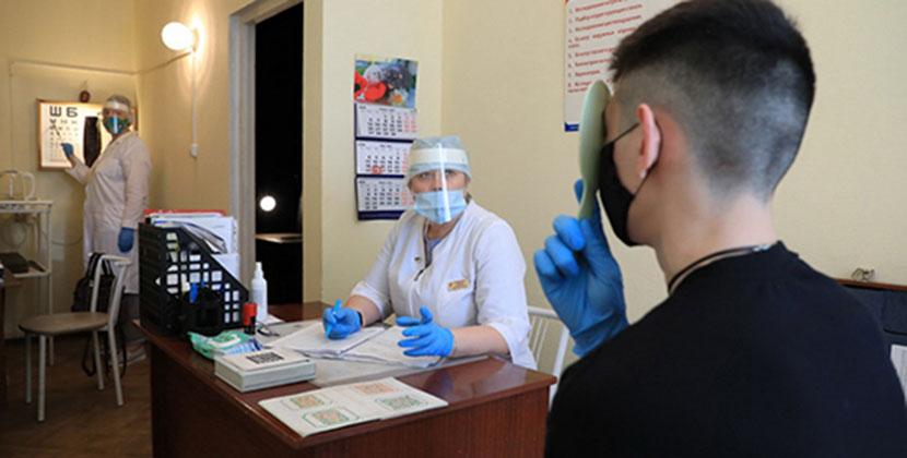 Все призывники Новосибирской области пройдут обязательное тестирование на наличие коронавирусной инфекции