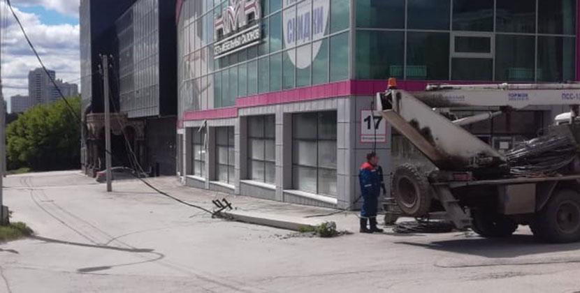 В Новосибирске подсчитывают последствия урагана: известно о четырёх пострадавших