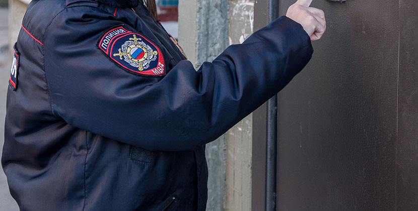 Жительница Новосибирска пожаловалась на участкового в эфире федерального канала
