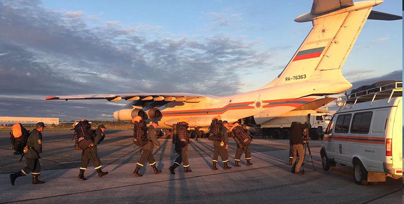 Спасатели МЧС Новосибирской области отправились в Красноярский край до полной ликвидации чрезвычайной ситуации