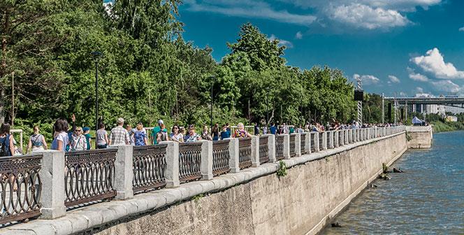 В Новосибирске проводят общественные обсуждения памятного знака на набережной