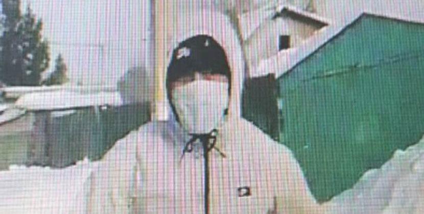 Новосибирские полицейские задержали подозреваемых в краже сумки с 1,3 млн рублей