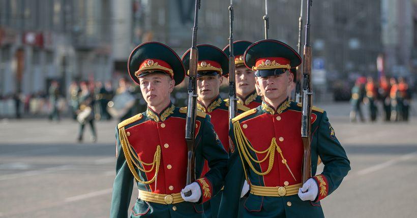 Парад 24 июня в Новосибирске увидят только 28 зрителей