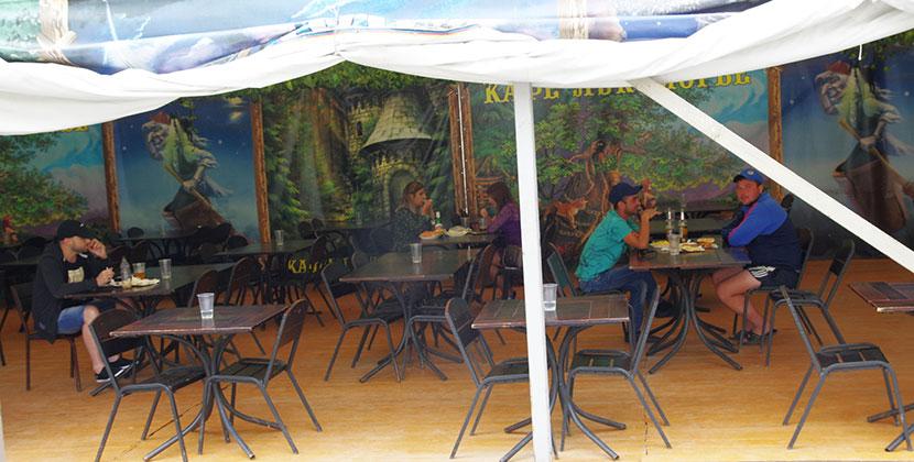 Летние веранды кафе и ресторанов откроются в Новосибирской области на следующей неделе