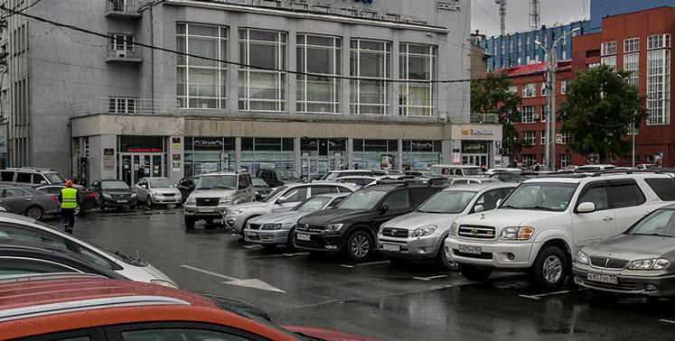 На Красном проспекте Новосибирска увеличено бесплатное время пребывания на парковках