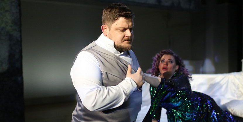 Новосибирский оперный театр приглашает зрителей в «Замок герцога Синяя Борода»