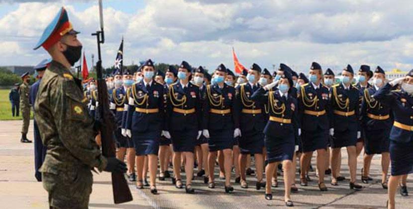 В Новосибирской области прошла первая совместная репетиция парада в честь 75-й годовщины Победы
