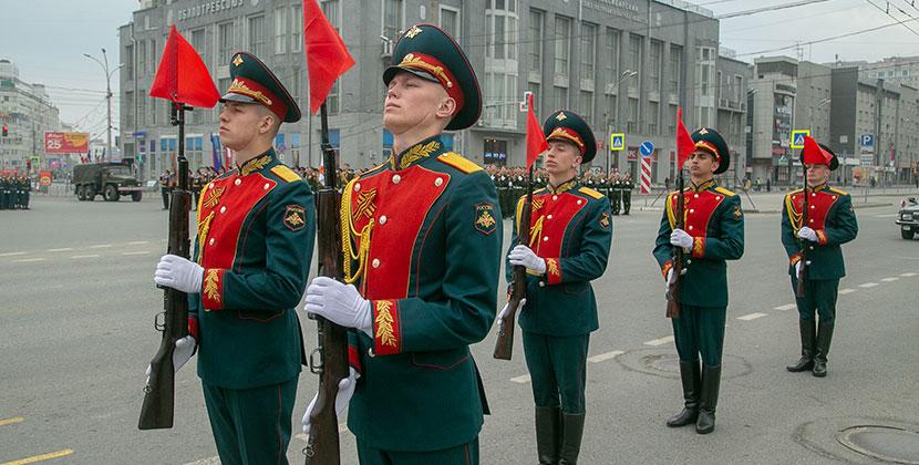 В Новосибирске будет временно прекращено движение транспорта во время репетиции парада Победы