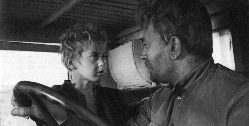 Передвижные кинотеатры проедут по Новосибирской области с фильмами о войне