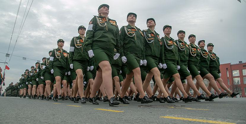 На парад Победы в Новосибирске пригласят волонтёров  и юнармейцев
