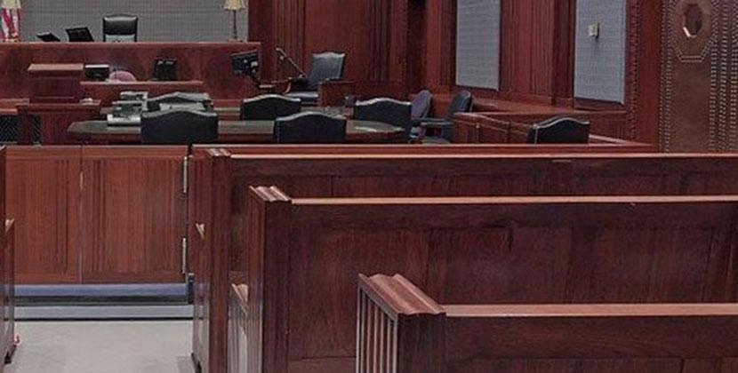 500 тысяч рублей — и дело решится: в Новосибирской области будут судить адвоката