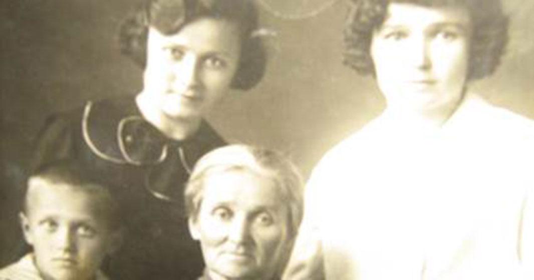 Школьник из Новосибирской области рассказал о фотоальбоме своей прабабушки