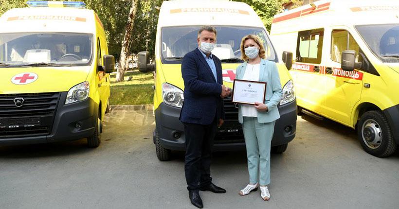 Врачи скорой помощи Новосибирской области получили новые автомобили с современным оборудованием
