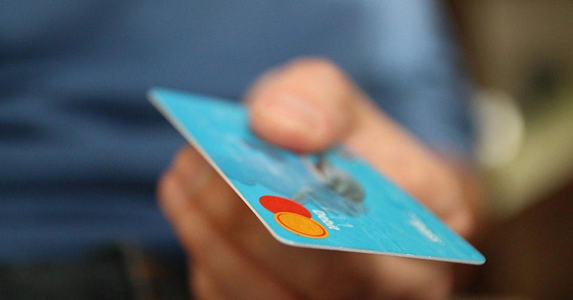 В Новосибирской области сотрудница банка подделала подписи клиентов и получила три миллиона рублей