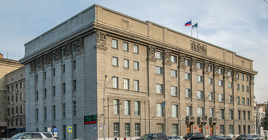 На выборах в городской Совет Новосибирска, которые проходят только по одномандатным округам, — настоящий аншлаг