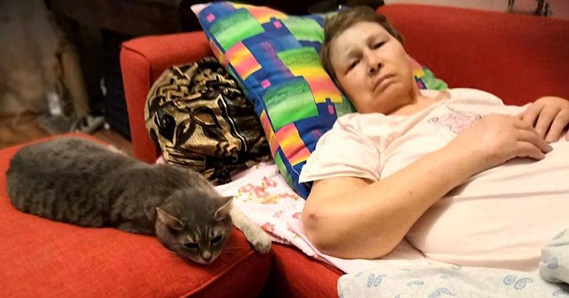 Новосибирскую пенсионерку выписали из больницы с огромными синяками, дома она умерла