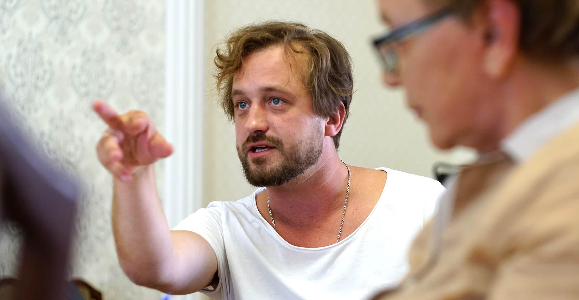 Артисты «Старого дома» начали репетиции в аудиториях «Кобры»