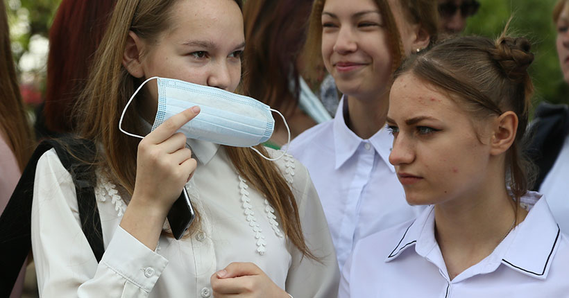 В Новосибирской области детей, пришедших в школу с температурой, будут направлять в изоляторы