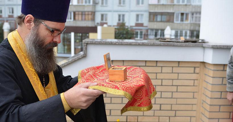 В Новосибирск доставили частицу мощей святителя Николая Чудотворца