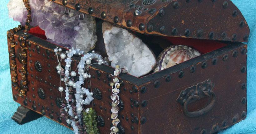 В Новосибирске задержали похитителя шкатулки с сокровищами