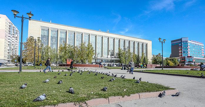 В Новосибирске, в сквере «Весна» у ГПНТБ, появятся липы и сирень