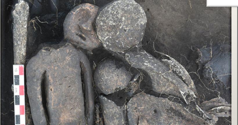 Пять безголовых скелетов и глиняный человечек-пенал: археологи рассказали о новых находках в Новосибирской области