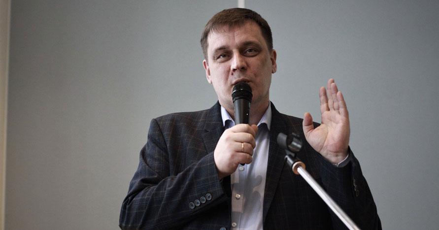 Министр образования Новосибирской области подтвердил своё решение поставить прививку от COVID-19