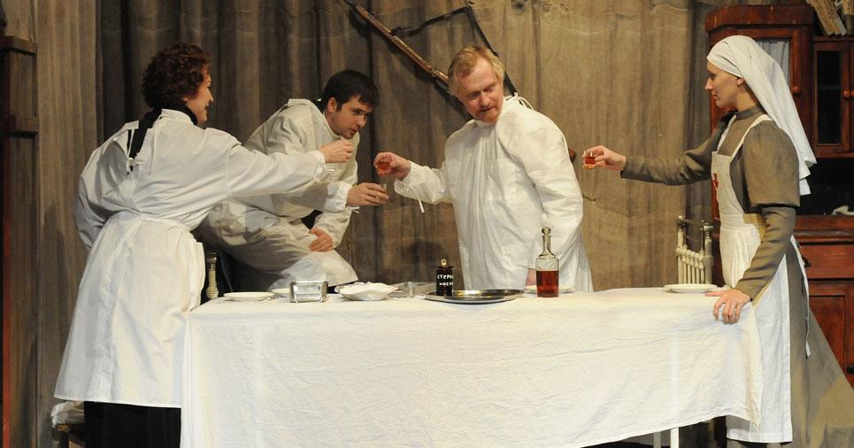 Новосибирский городской драматический театр под руководством Афанасьева отменяет спектакли