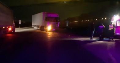 Машину отбросило на пешеходов: страшная авария под Новосибирском
