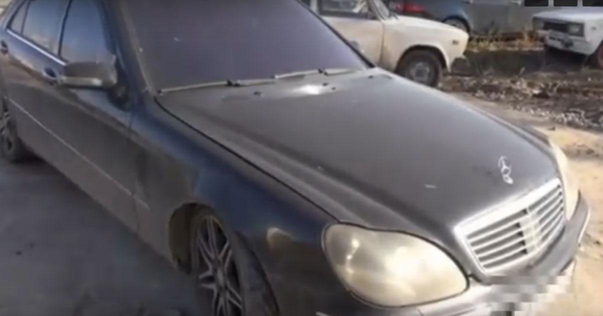В Новосибирске пьяный водитель угнал Mercedes-Benz со станции техобслуживания