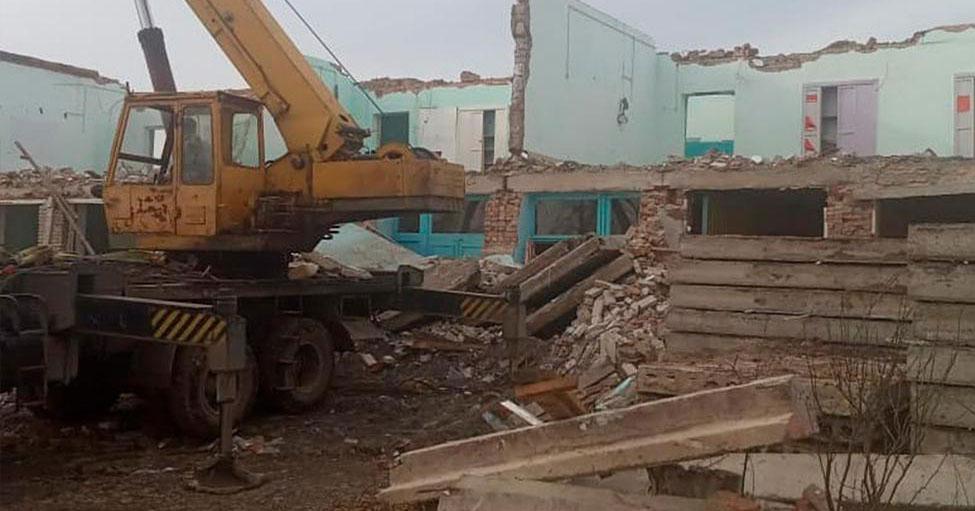 В Тогучинском районе Новосибирской области сносят сельскую школу
