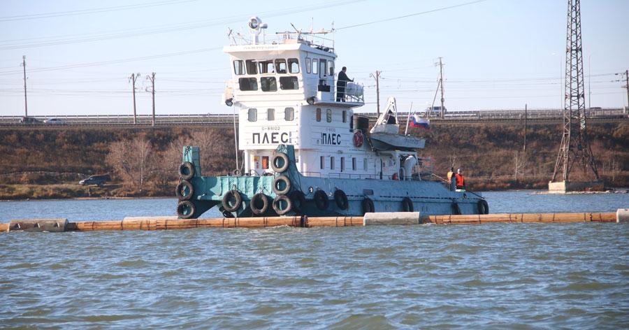 Сифонную линию длиной полкилометра и весом 220 тонн доставили к главной насосной станции Бердска