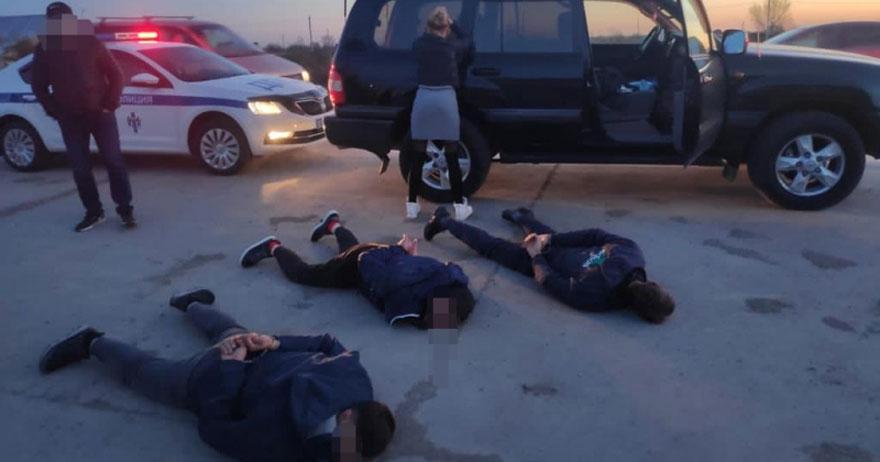 Омичи похитили жительницу Новосибирска и требовали за неё выкуп