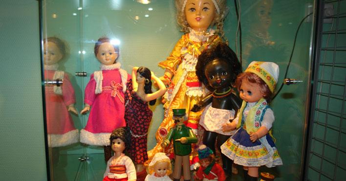 Новосибирцев пригласили окунуться в эпоху советских игрушек