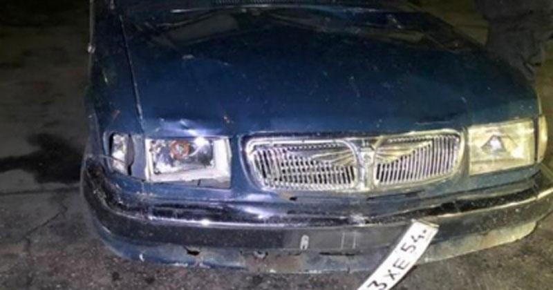В Новосибирской области пьяный водитель сбил юную парочку и скрылся