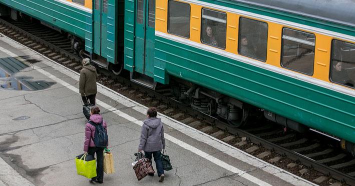 В Новосибирской области молодой мужчина попал под грузовой поезд