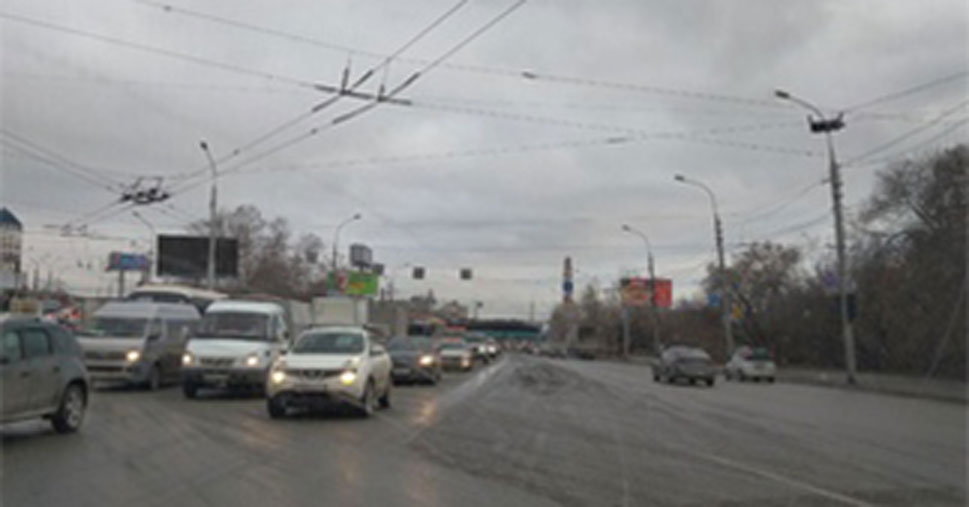 Новосибирские водители оказались брошены на произвол судьбы: светофоры не работают на площади Будагова