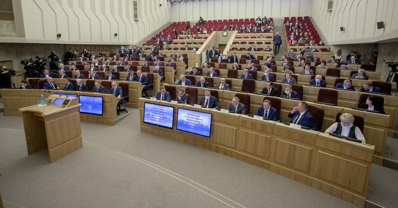 Глава минздрава Новосибирской области расскажет депутатам заксобрания о ситуации с COVID-19 в регионе