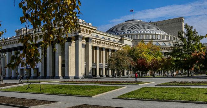 Новосибирский оперный театр отменил балетные спектакли в ближайшие дни