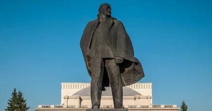 Главному Ленину Новосибирска 5 ноября исполнилось 50 лет