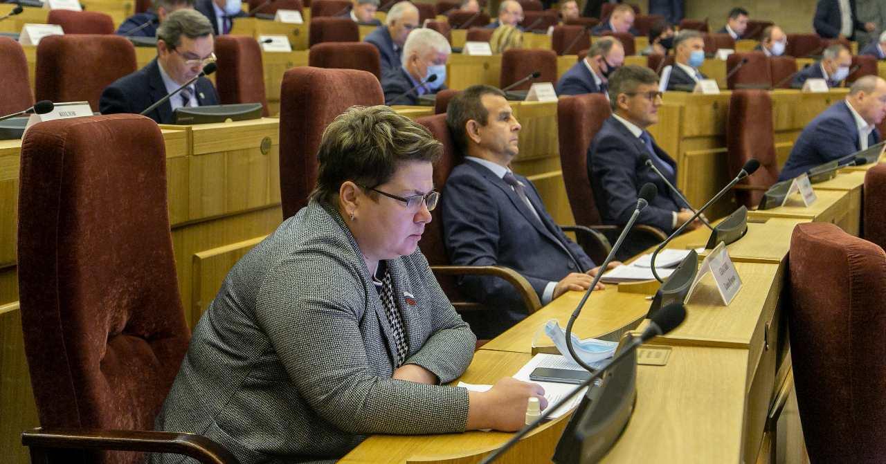 В Новосибирской области дважды запретят продавать несовершеннолетним снюсы