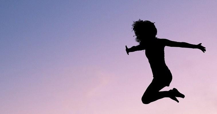 В Новосибирске семилетний ребёнок сломал позвоночник, прыгая на батуте