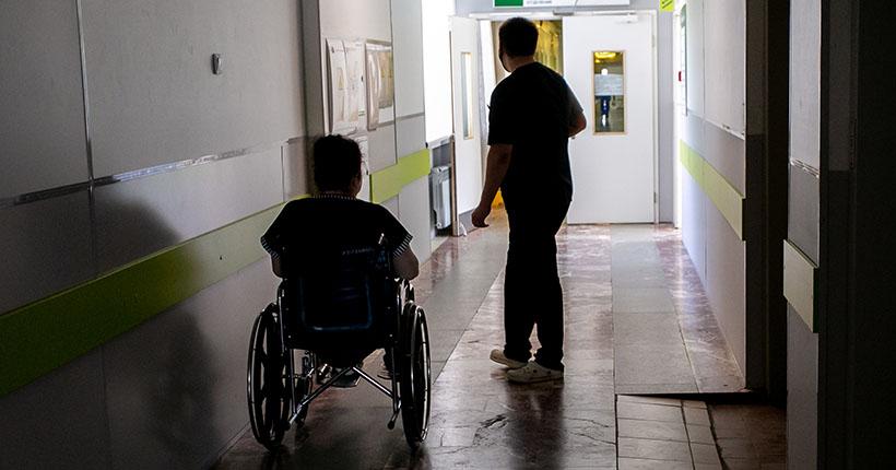 Новосибирским соцработникам выделили 26 млн рублей за борьбу с коронавирусом