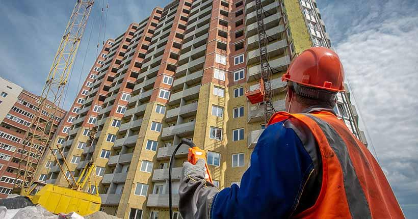 Ещё три «проблемных» дома достроят в Новосибирске