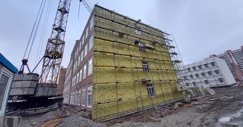 Новая школа на 1 100 мест строится в Калининском районе Новосибирска