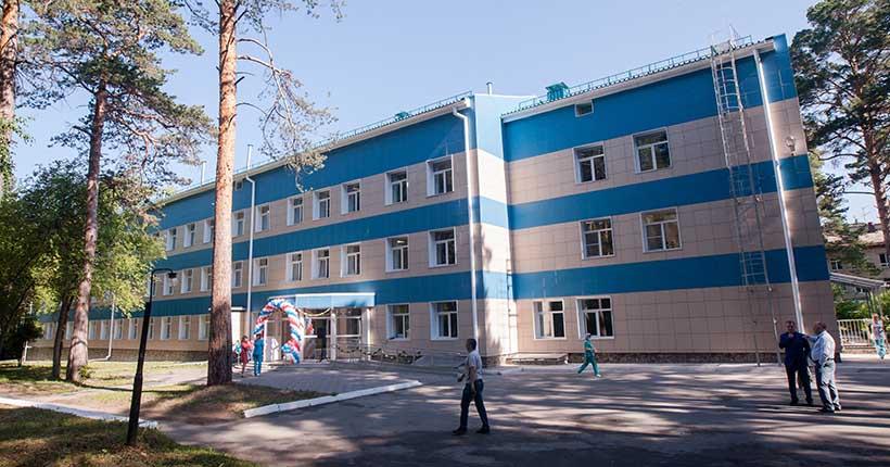 В Новосибирске уволили заведующего больницей, где работали медсёстры-садистки