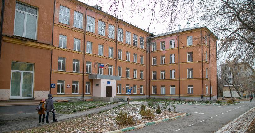 57% школьников Новосибирской области с понедельника вернутся за парты