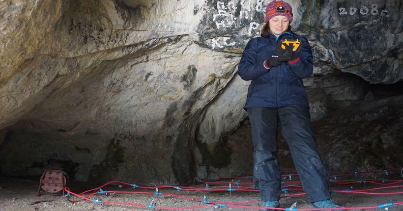 Новосибирские геофизики подготовили новую почву для археологов в алтайской пещере
