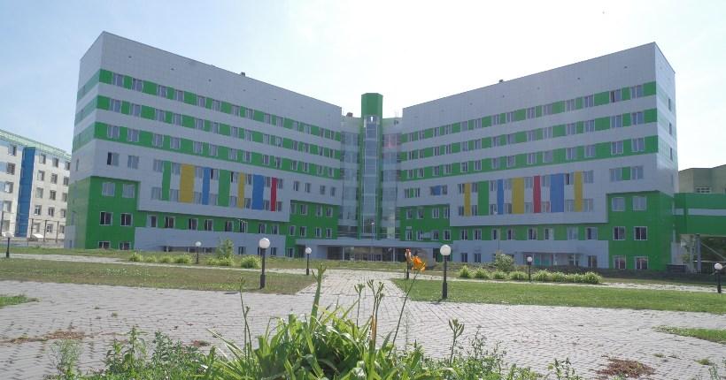 Перинатальный центр в Новосибирске достроят до конца ноября и временно оставят в «ковидном резерве»