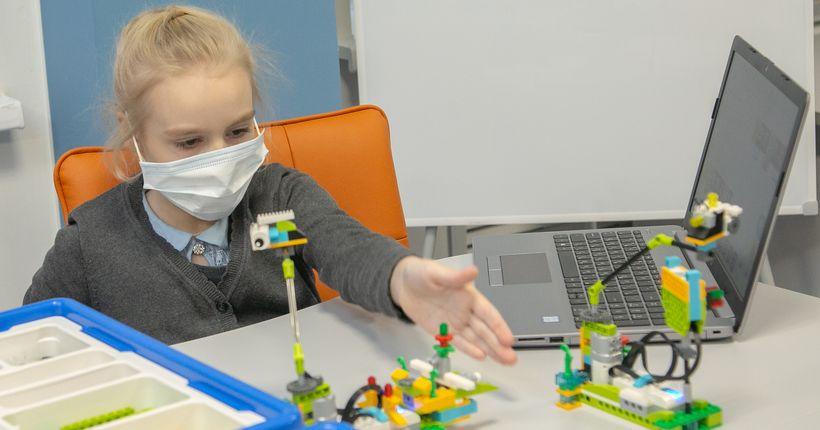 В первом новосибирском IT-кубе школьников научат кибергигиене и робототехнике